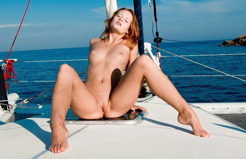 Lusty model with amazing pussy and nice tits expose herself on a boat trip