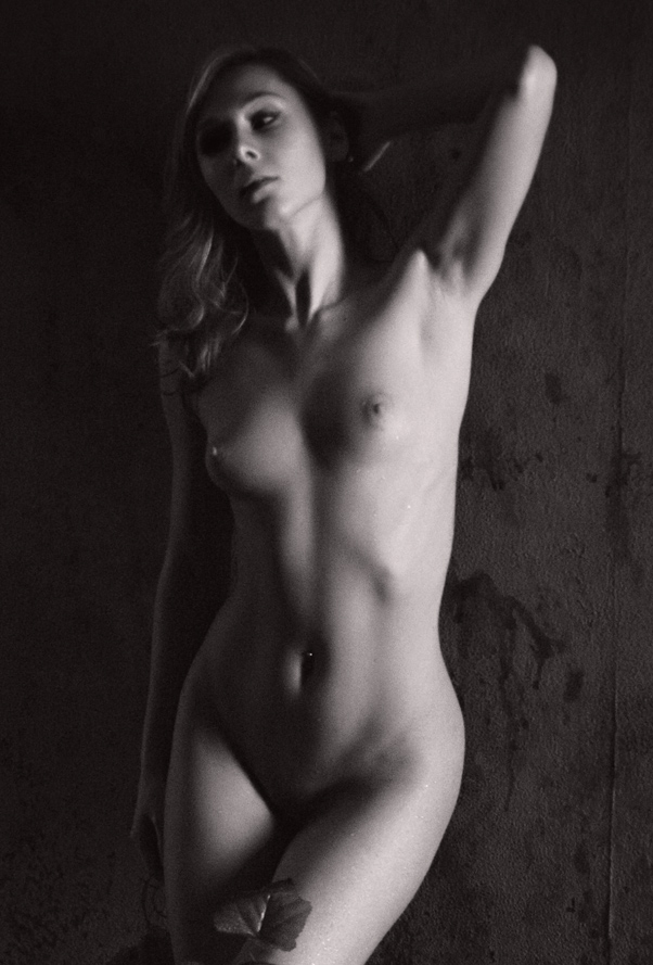 Great erotic art nude picture with amazing female