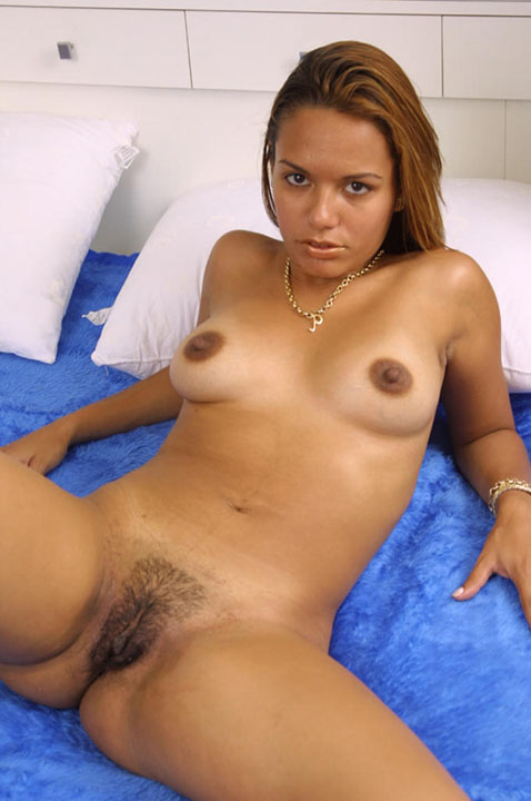 dark latina nude