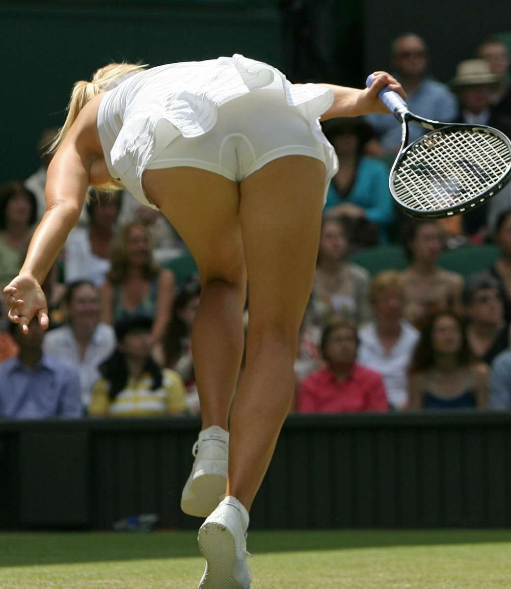 Hot ass in action of Maria Sharapova